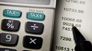 calcolo-tasse-successione-300x166 come fare con una successione: immobile in eredità